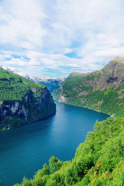 Exploring Storseterfossen Waterfall - A Waterfall In Norway You Can Walk Behind! (38)