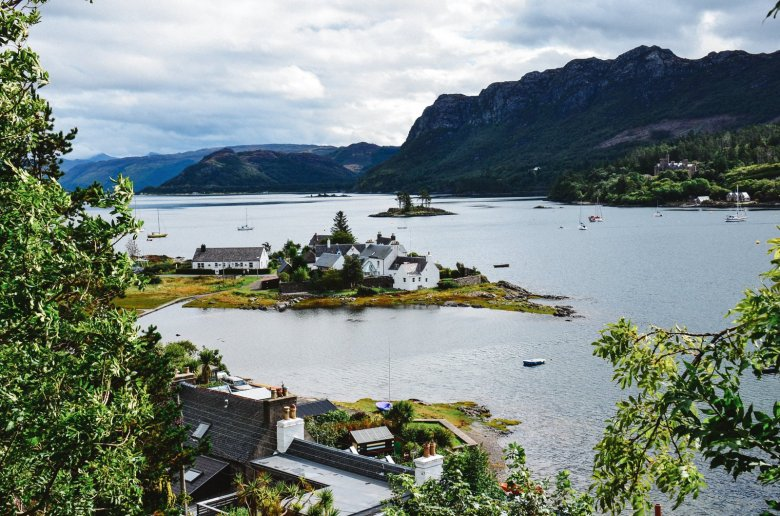 10 Beautiful Villages To Visit In The Scottish Highlands (3)