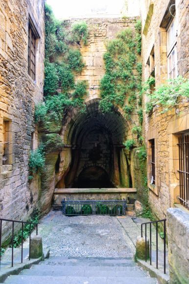 Mornings In The French City Of Sarlat And Afternoons In The Village Of Beaumont-du-Périgord... (7)