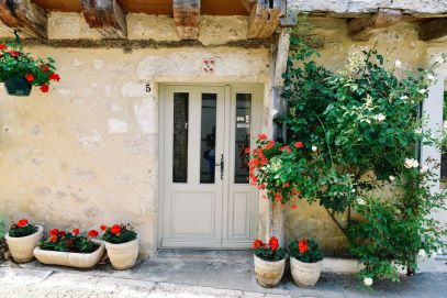 Charming Issigeac... The Medieval Village In France's Dordogne Valley (22)