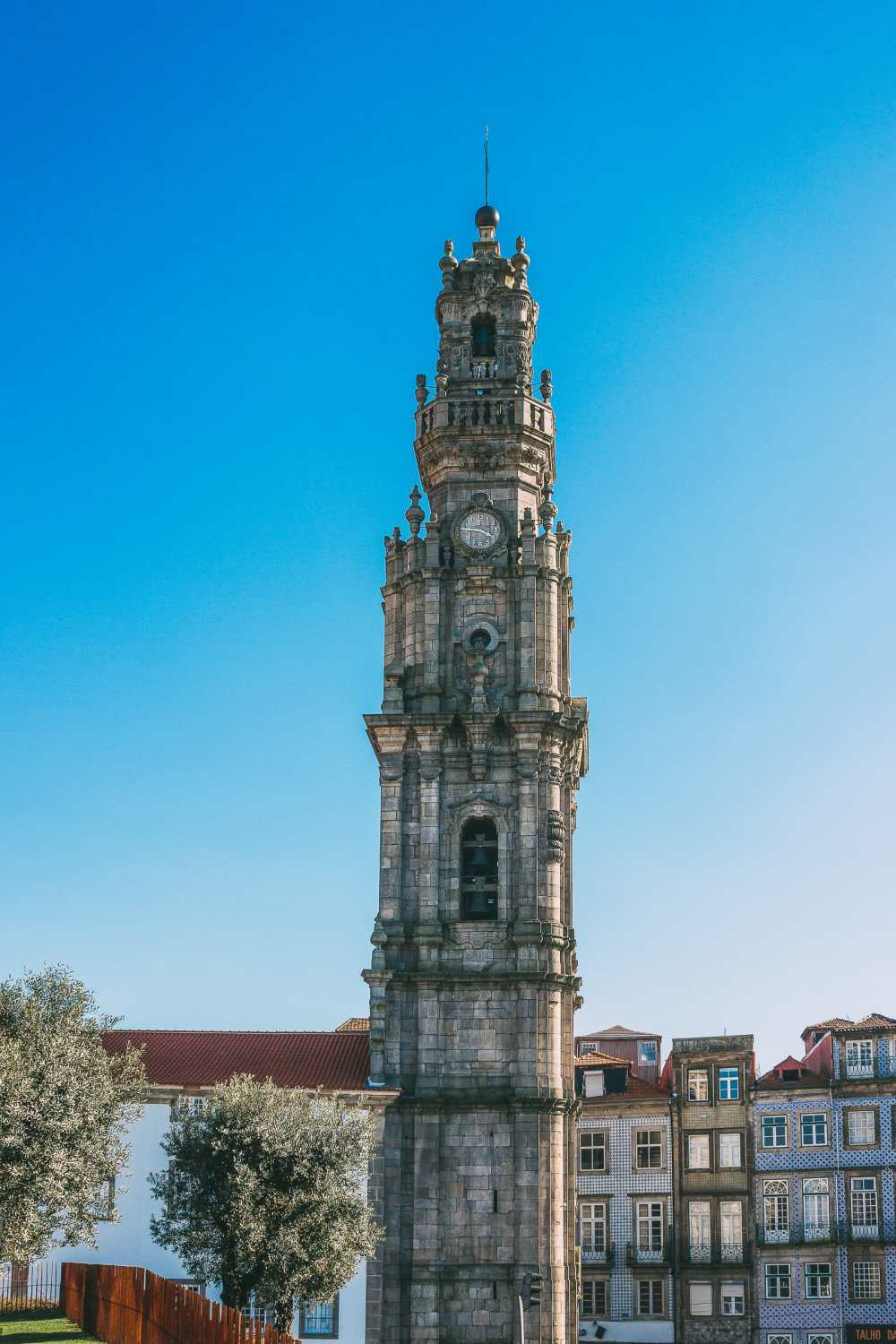 14 Fantastic Things To See In Porto - Portugal (5)