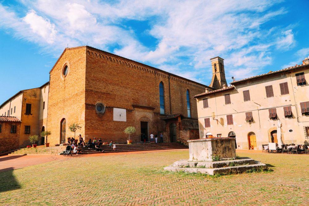 The Beautiful Italian Town Of San Gimignano (14)