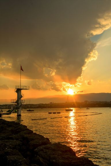 12 Cool Things You Need To Experience In Geneva, Switzerland (8)