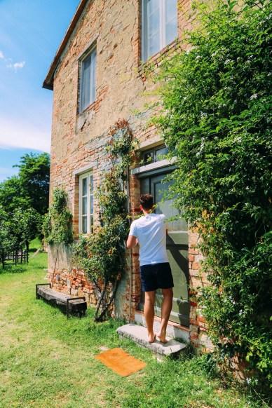 The Farmhouse... In Tuscany, Italy (8)