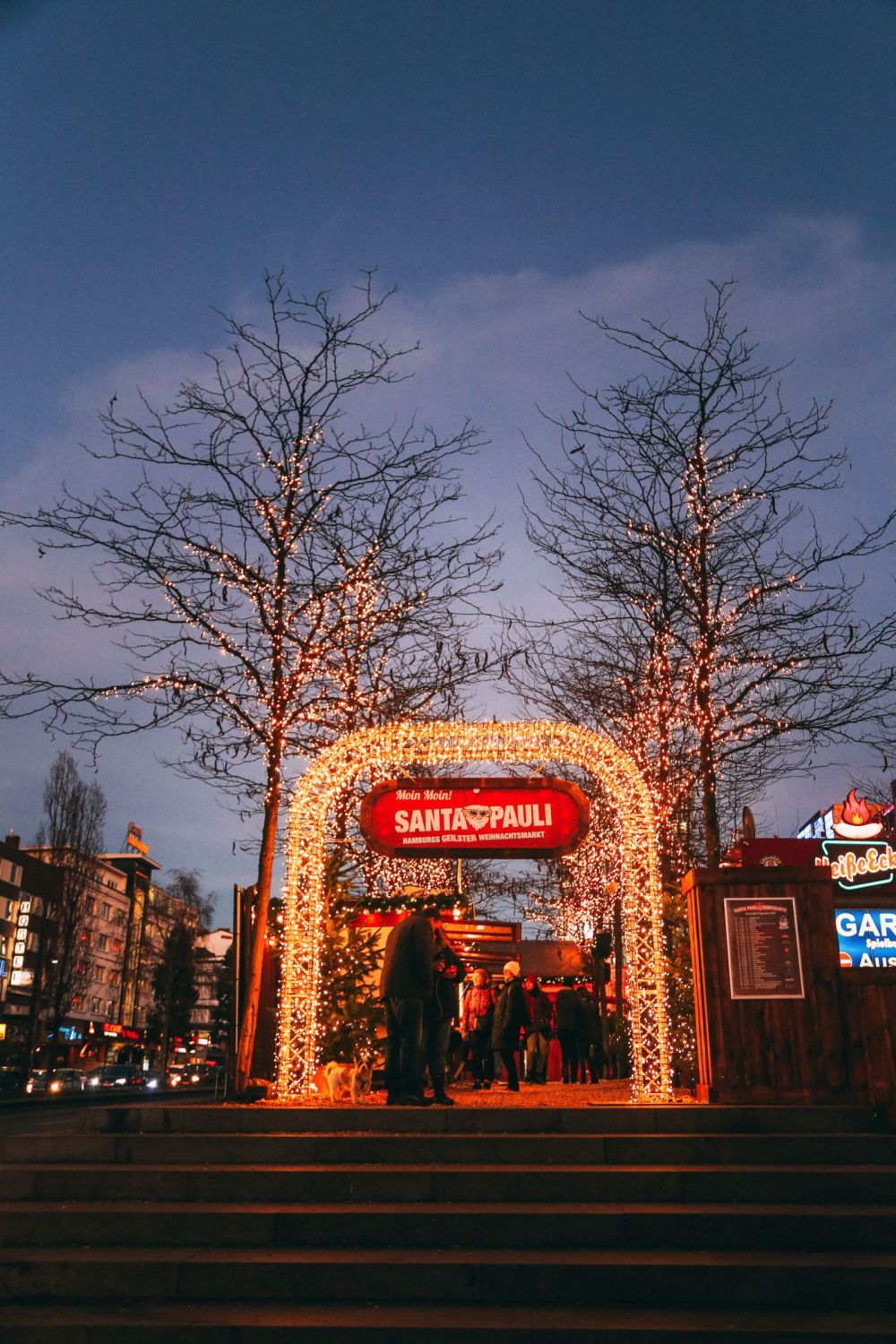 The Sauciest Christmas Market In Hamburg, Germany… (41)