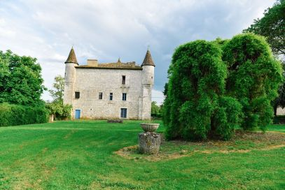 Beautiful French Chateaus And Michelin Star Dining In The Dordogne Valley (22)