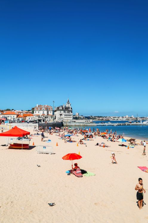 The Beautiful Seaside Town Of Cascais In Portugal... (31)
