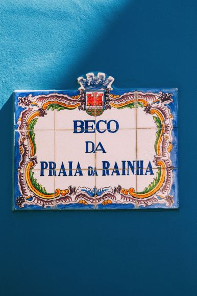 The Beautiful Seaside Town Of Cascais In Portugal... (52)