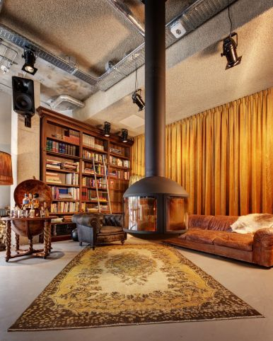 9 Unique And Cool Hotels To Stay At In Amsterdam (4)