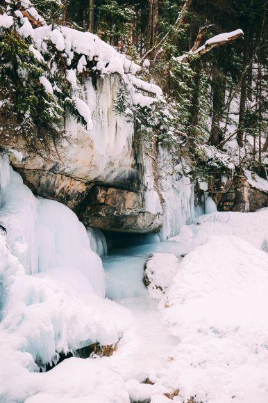 The Most Beautiful Place In Jasper (Canada) You've Never Heard Of! (19)