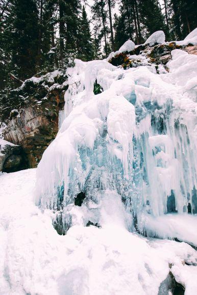 The Most Beautiful Place In Jasper (Canada) You've Never Heard Of! (22)