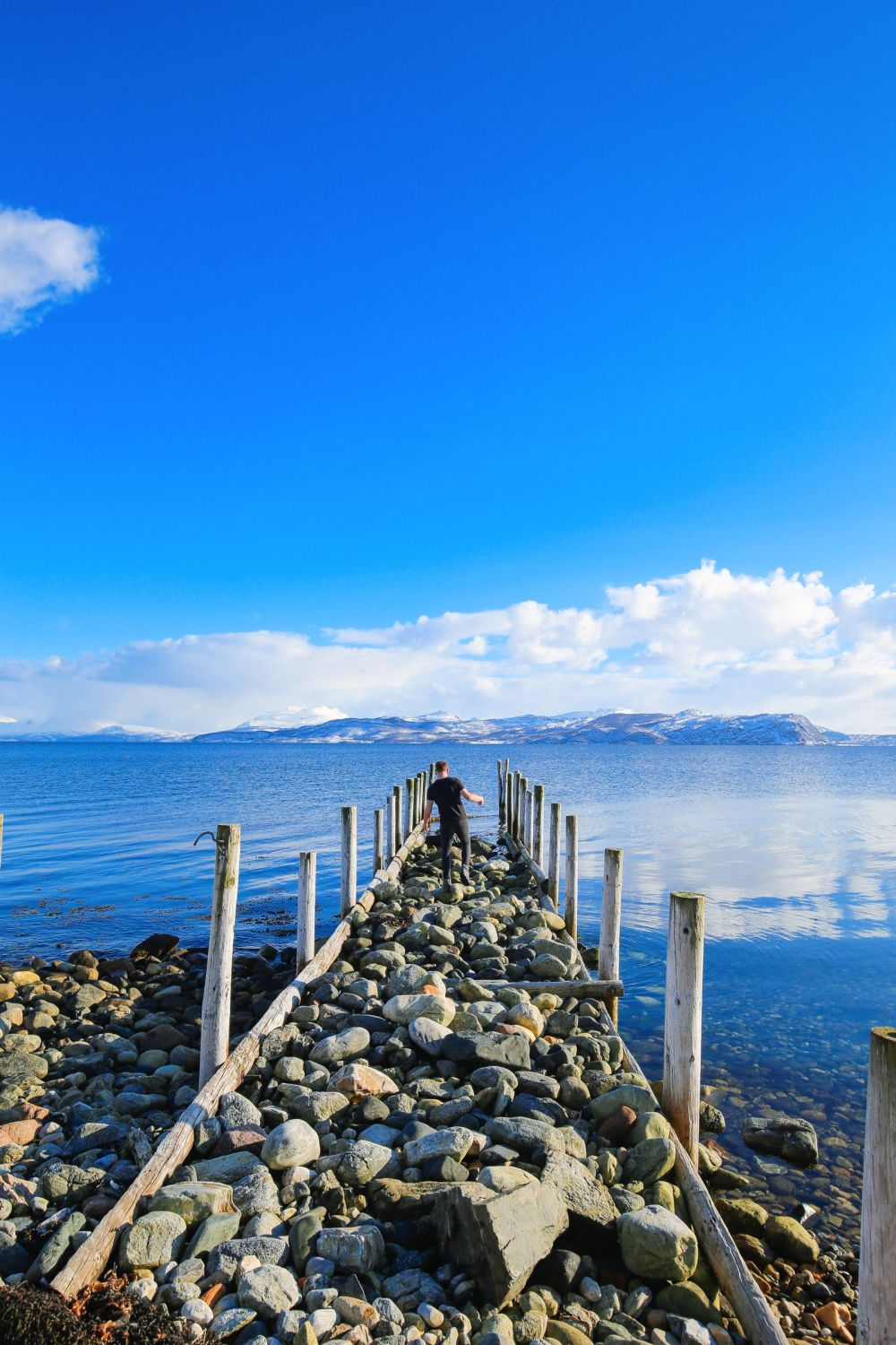 Visiting The Artic Circle in Tromso and Sommaroy in Norway, Europe. Northern Lights, Snow Mountains, Seaside (25) (18)