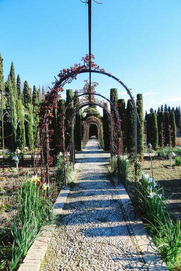 The Absolutely Beautiful Generalife Palace… In Granada, Spain (8)
