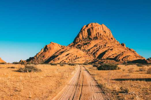 11 Beautiful Places You Have To See In Namibia (2)