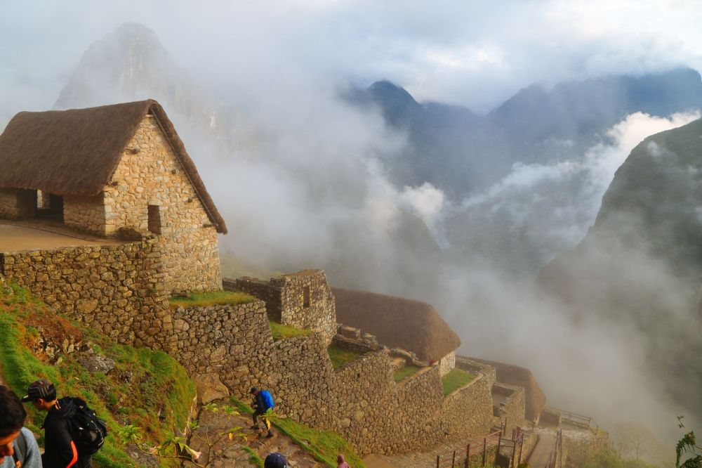 Visiting The Ancient Inca Site Of Macchu Picchu, Peru (7)