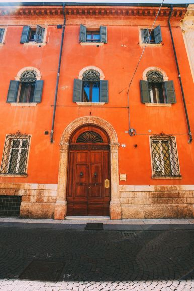 Arriving Into Fair Verona – The Italian Home Of Romeo And Juliet (12)