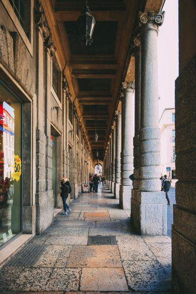 Arriving Into Fair Verona – The Italian Home Of Romeo And Juliet (31)
