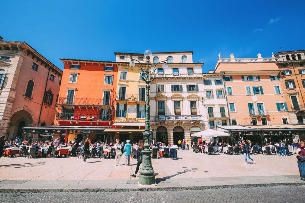 A Surprise Trip To Verona, Italy (8)