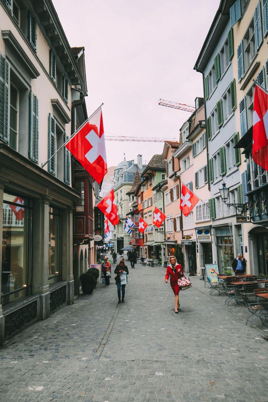 A 24 Hour Guide To Zurich, Switzerland (1)