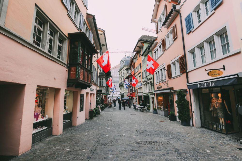 A 24 Hour Guide To Zurich, Switzerland (2)
