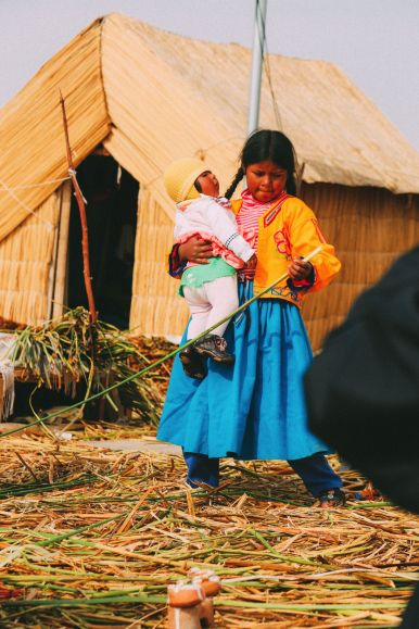 Exploring The Amazing Uros Floating Islands Of Lake Titicaca... In Peru (32)