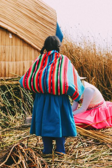 Exploring The Amazing Uros Floating Islands Of Lake Titicaca... In Peru (36)