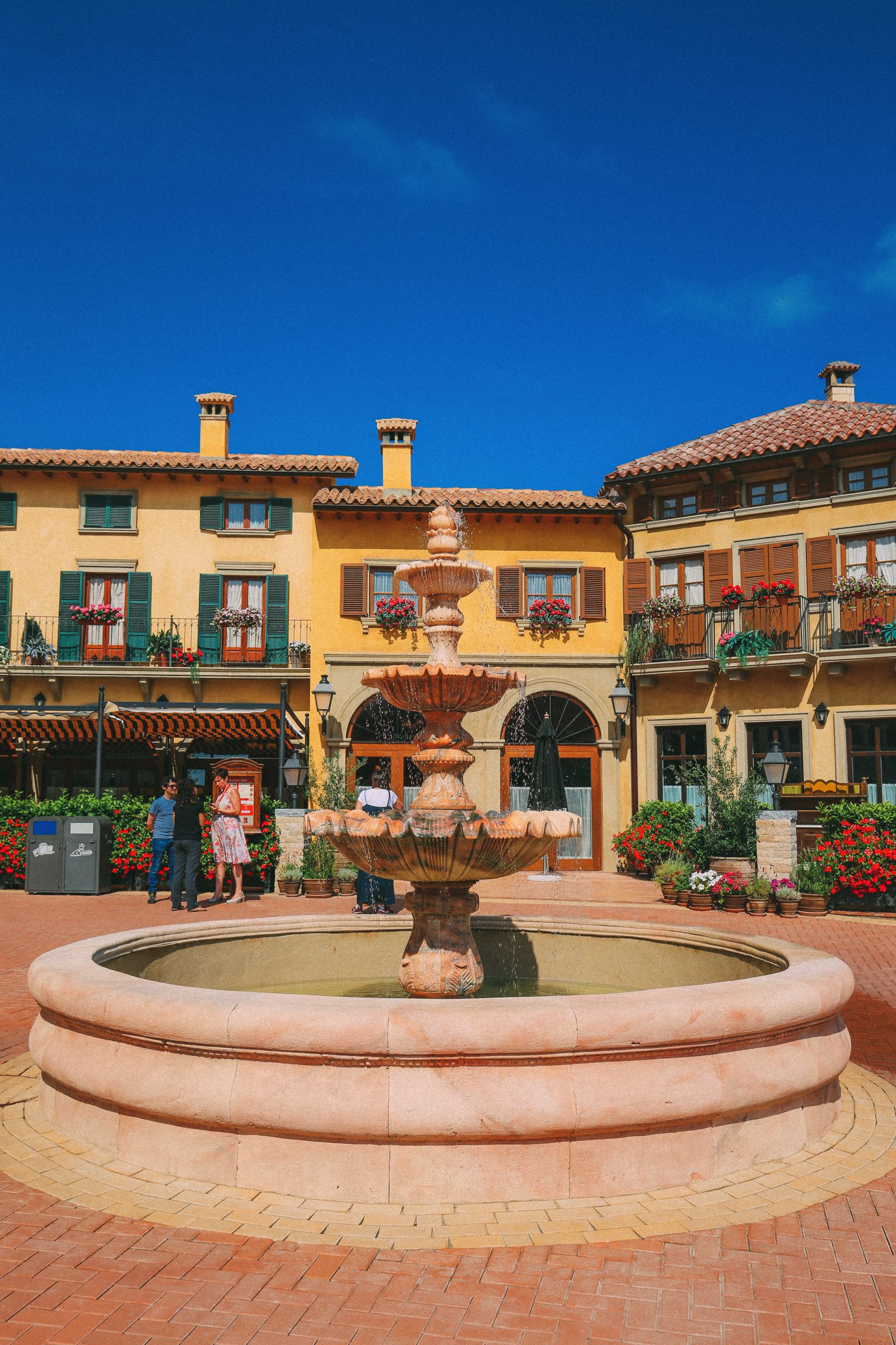 In Search Of Sunshine And Adventure... In PortAventura, Spain (67)