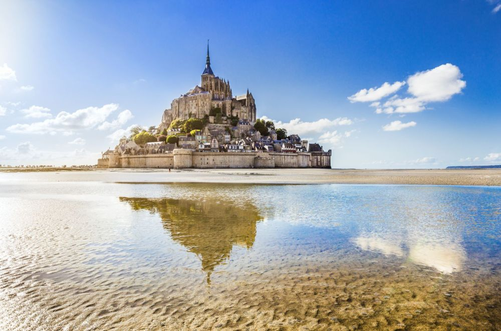 14 Gorgeous Castles You Must See In Europe (9)