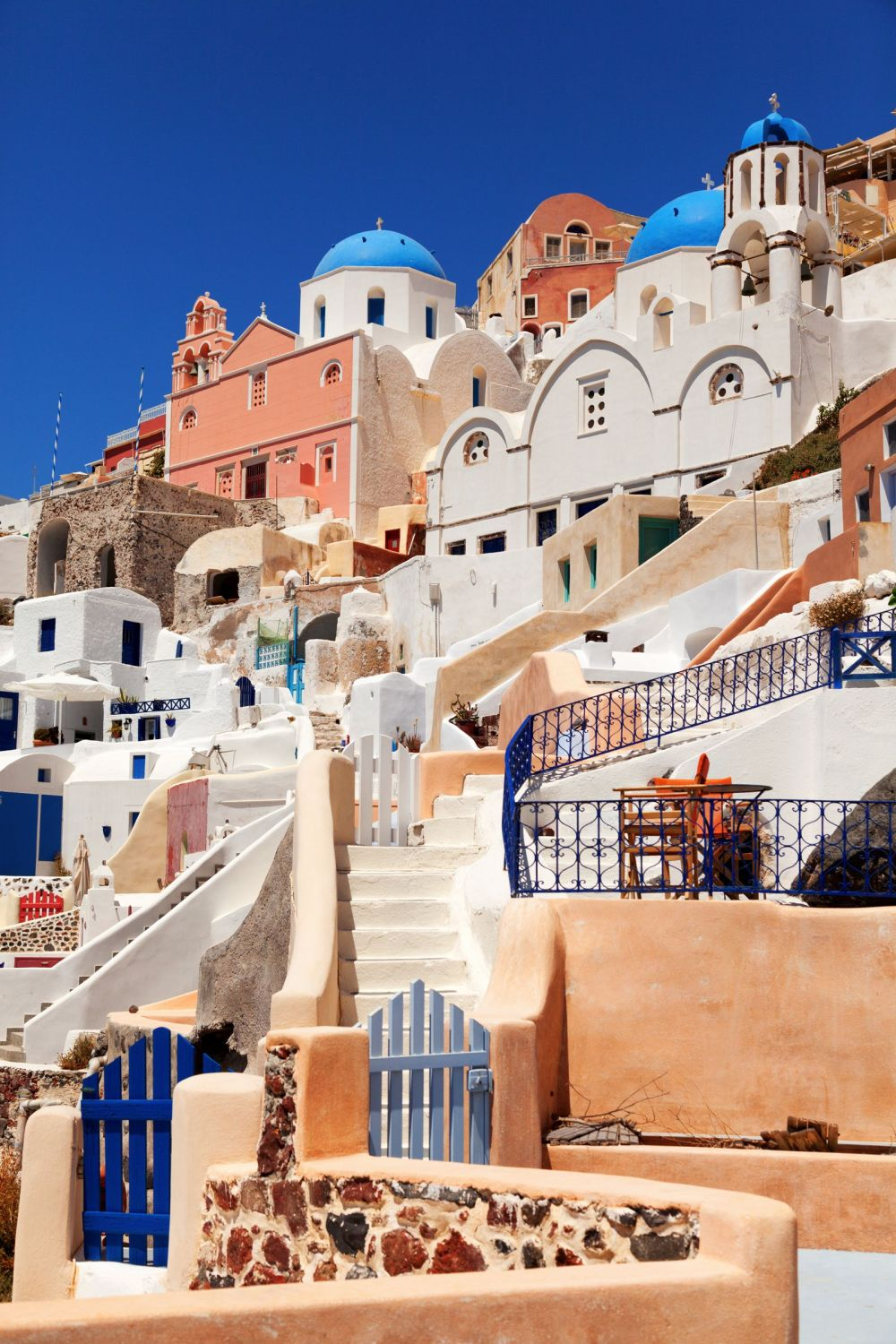 12 Stunning Things To See And Do In Santorini, Greece This Year (7)
