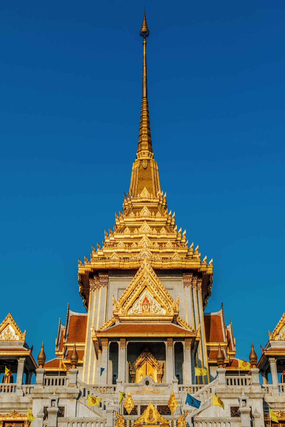 11 Amazing Places And Things You Need To See In Bangkok, Thailand (3)
