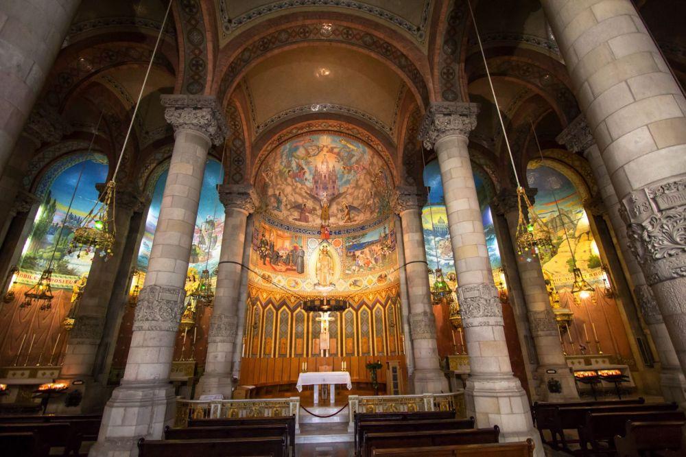 Cupula iglesia del Sagrado Corazon en el Monte Tibidabo