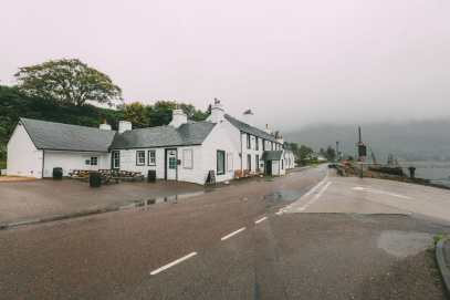 Whisky Drinking, Loch Rowing And Picnicking In The Scottish Highlands (18)
