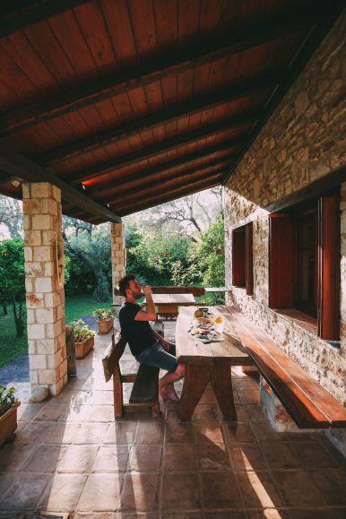 Your Complete Guide To Visiting Mainland Greece (36)
