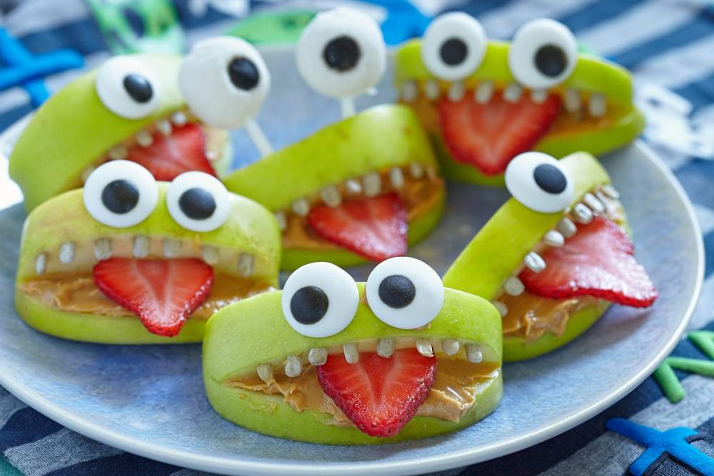 11 Spooky and Easy Foods To Make For Halloween (10)