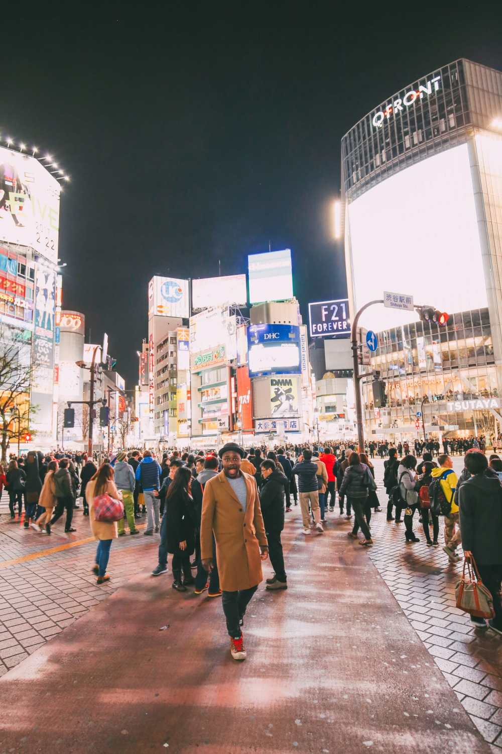 The Famous Shibuya Crossing And Dancing Robots... In Tokyo, Japan (21)