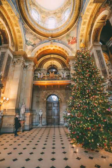 Castle Howard - An English Castle You Absolutely Have To Visit! (22)
