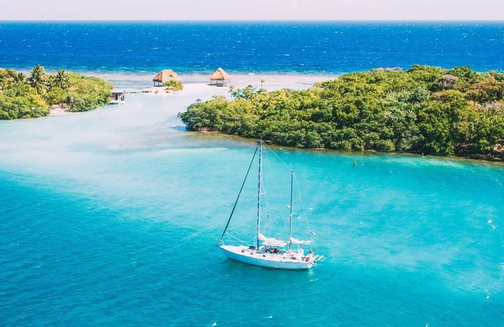 10 Amazing Places to Visit In Honduras (14)