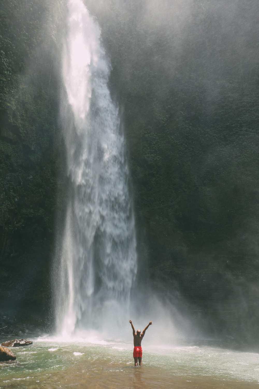 Bali Travel - The Beautiful Nungnung Waterfall And Ulun Danu Bratan Temple (7)