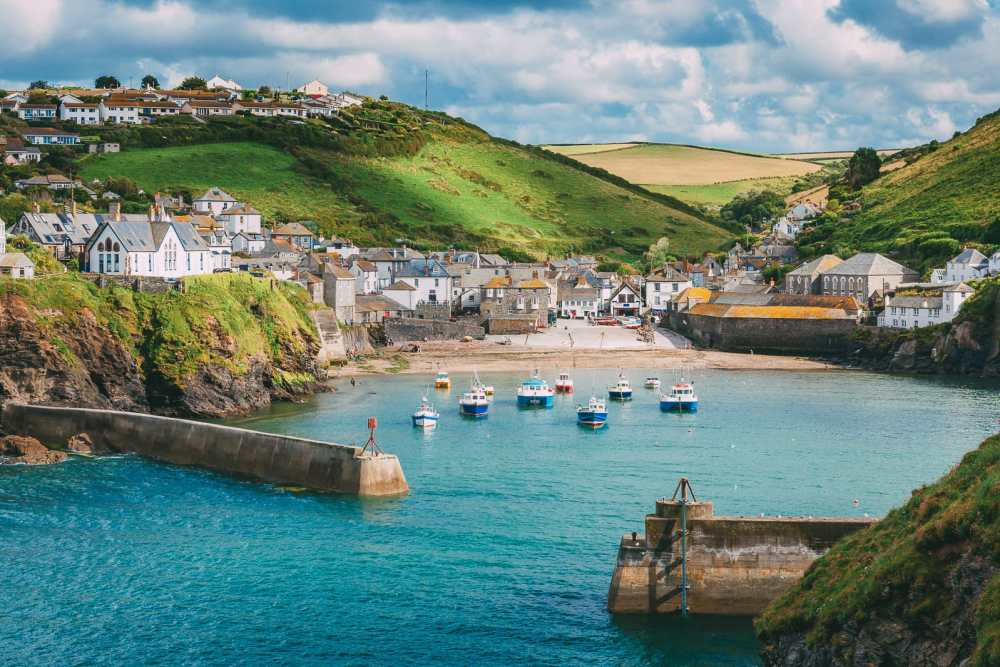 Places To Visit On The The Coast Of Cornwall, England (12)
