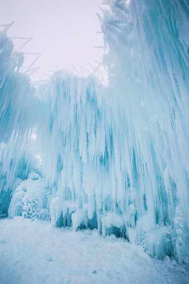 Ice Castle In Alberta, Canada (11)