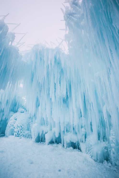 Ice Castle In Alberta, Canada (11)