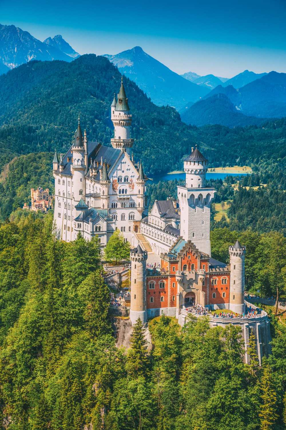 19 Fairytale Castles In Germany You Have To Visit (11)