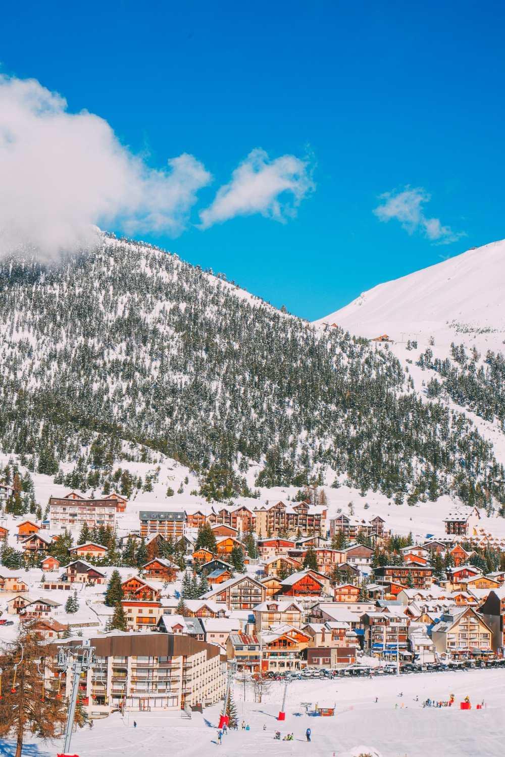 Skiing In Montgenevre, France (12)