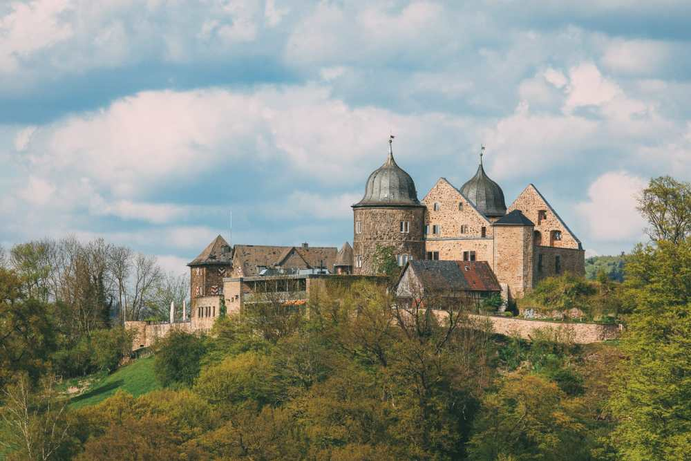19 Fairytale Castles In Germany You Have To Visit (6)