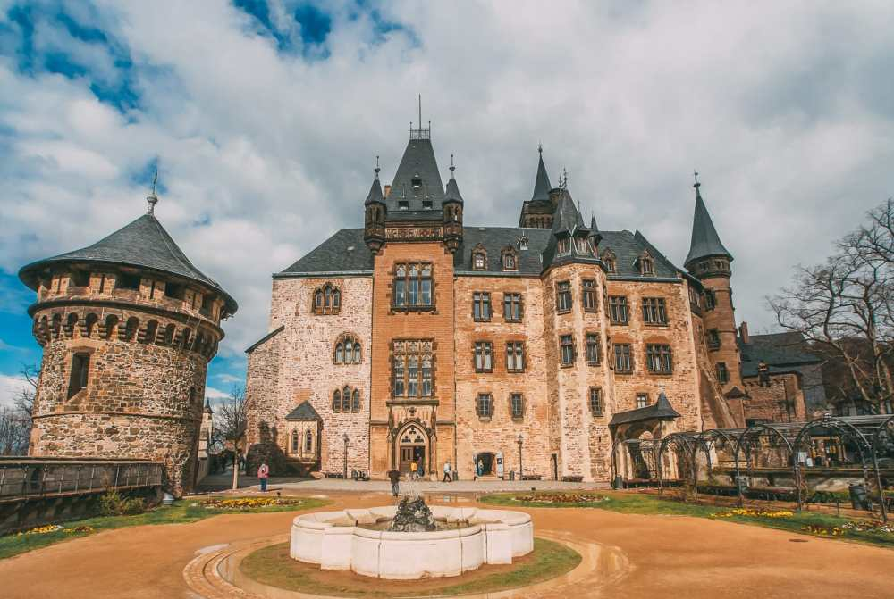 19 Fairytale Castles In Germany You Have To Visit (1)