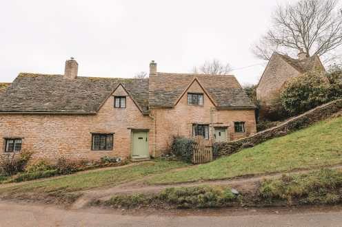 4 Villages And Towns You Have To Visit In The Cotswolds, England (5)