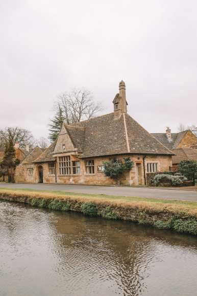 4 Villages And Towns You Have To Visit In The Cotswolds, England (27)