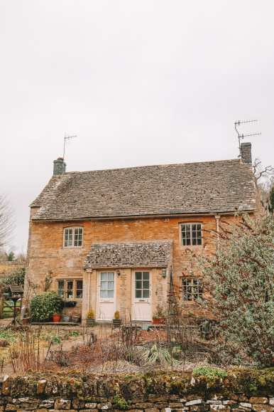 4 Villages And Towns You Have To Visit In The Cotswolds, England (43)