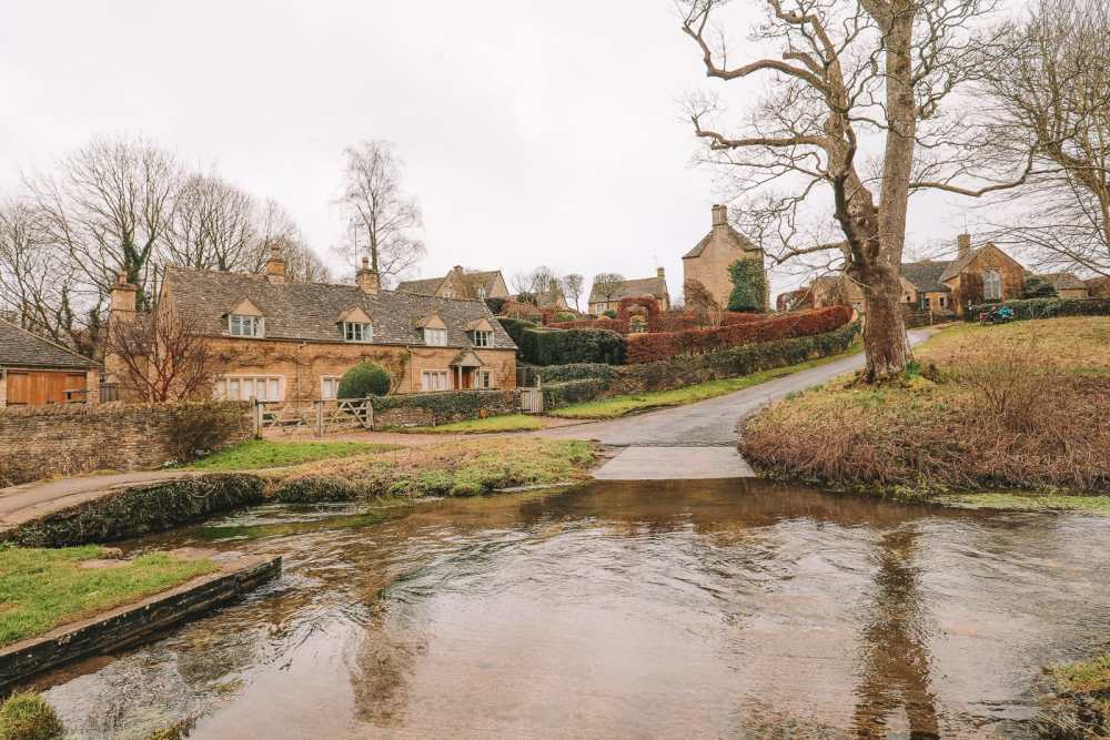 4 Villages And Towns You Have To Visit In The Cotswolds, England (44)