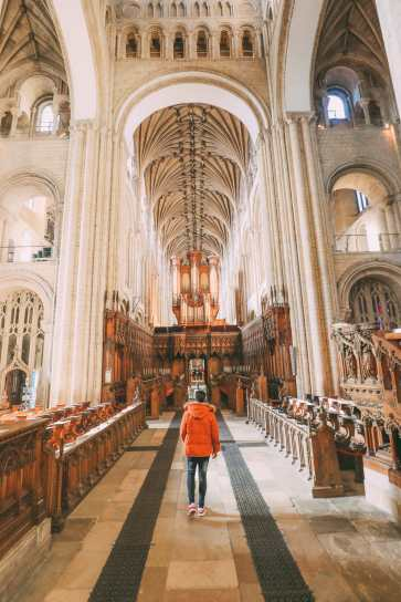 A Day In English Medieval City Of Norwich (11)